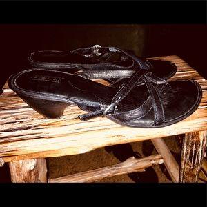 Women's Born sandals! Size 7!
